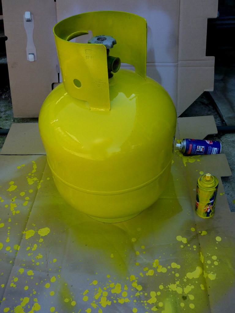 Picture of Paint Your Gas Bottle