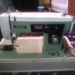 sewingmachinepic.jpg