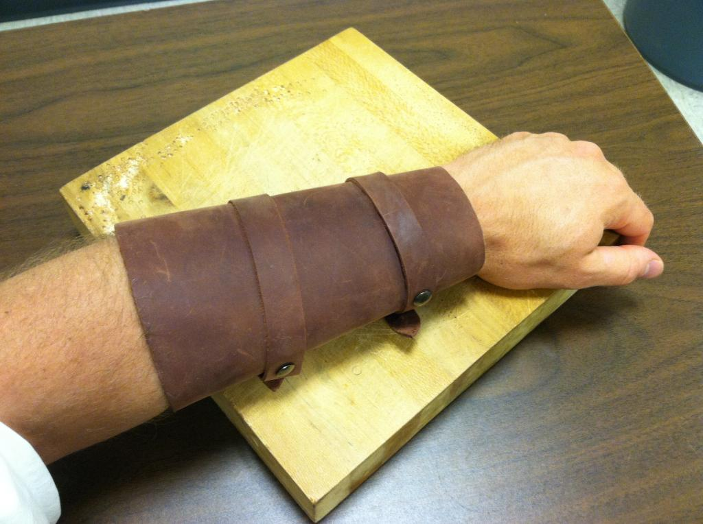 Picture of How To: Simple Leather Vambrace