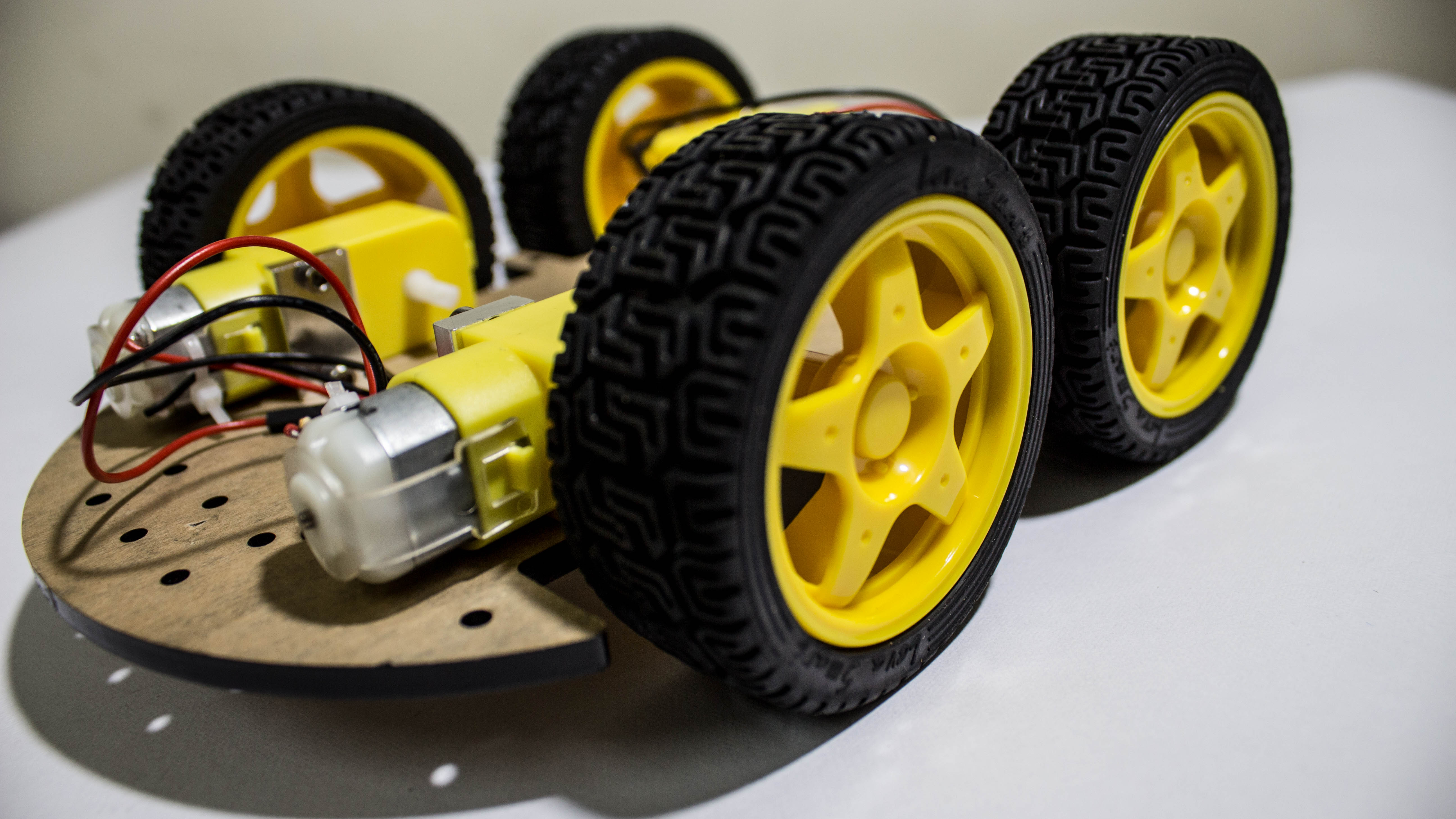 Picture of Attach the Metal Spacer and Wheels