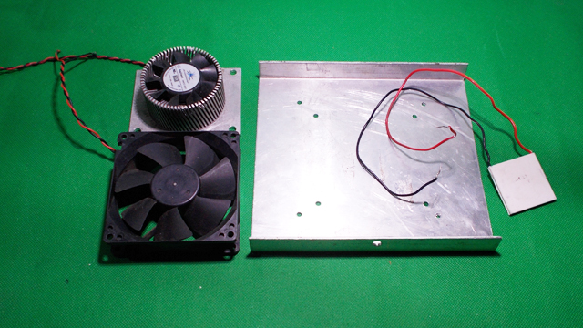 Picture of Homemade Mini USB Fridge DIY Frefrigerator Chiller Air Conditioner Peltier Cooler Thermoelectric by Foam Containers