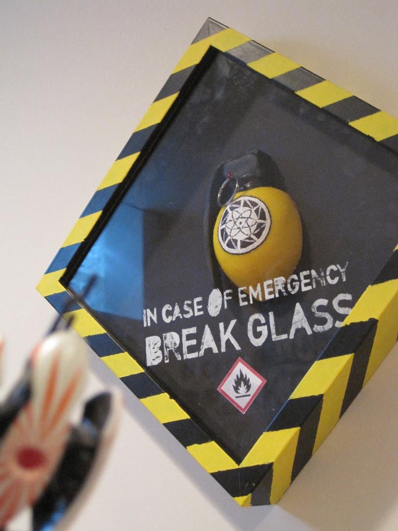 Picture of Portal Lemon Grenade Display