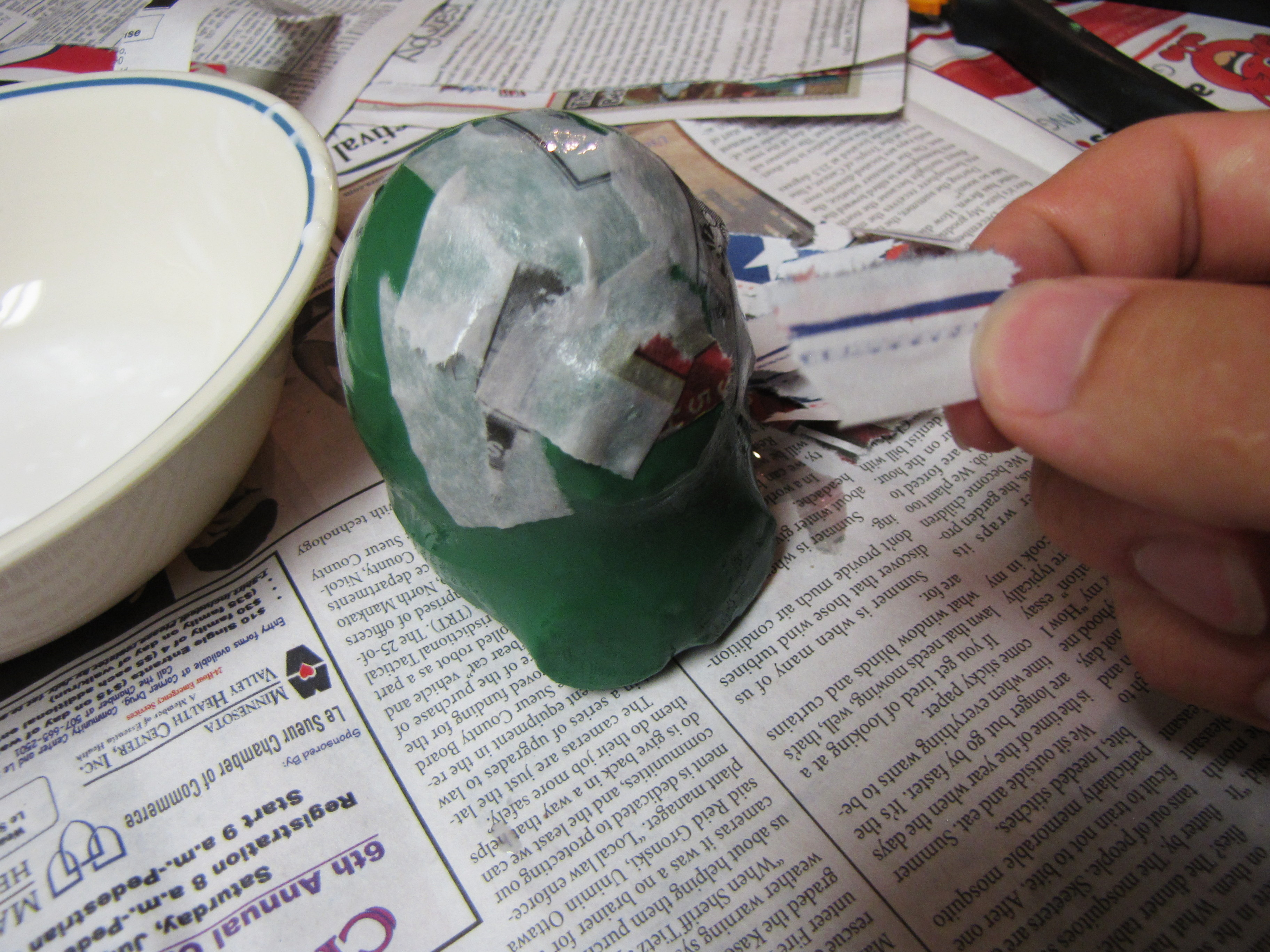 Picture of Making the Bear ~ PaPeR MAcHe!