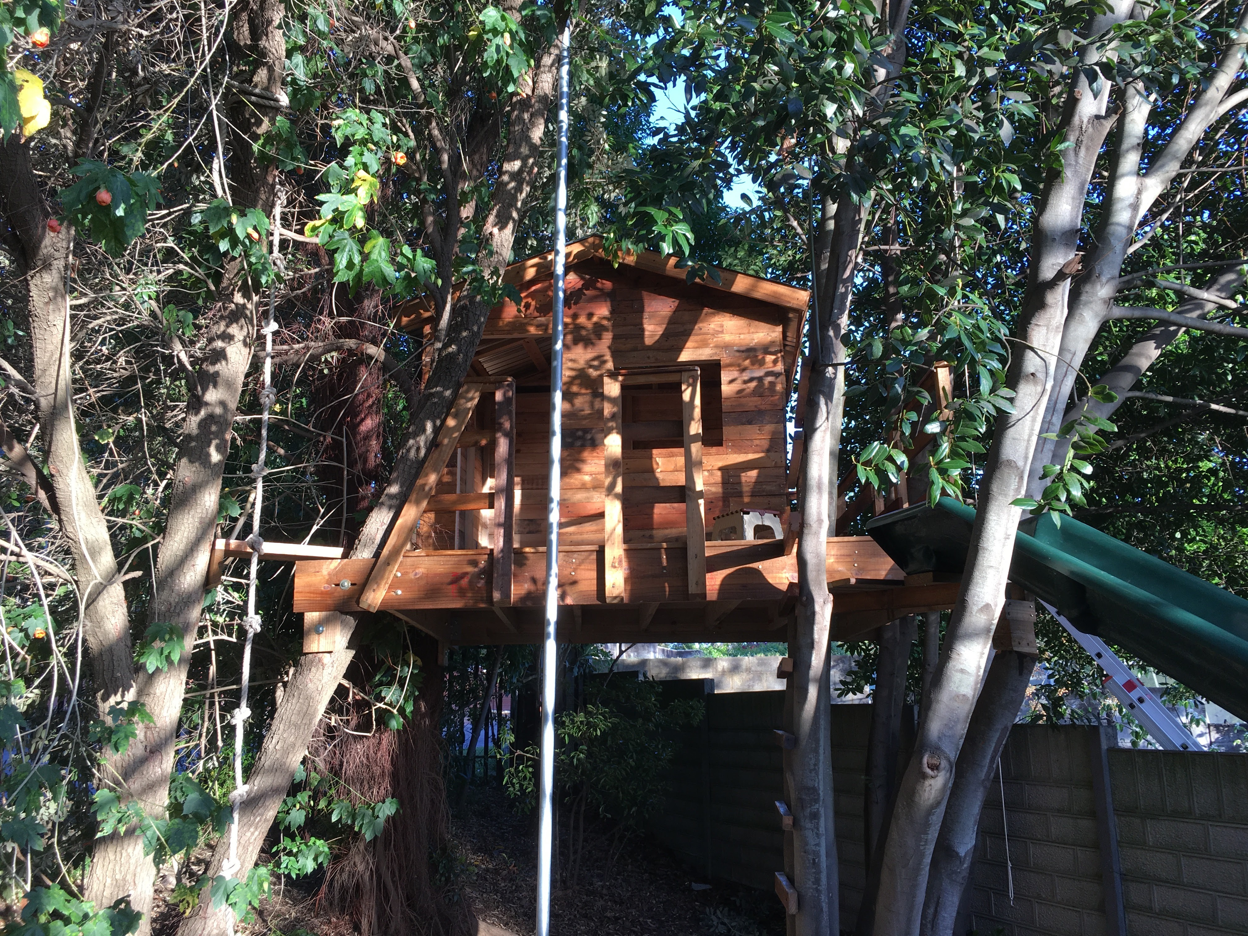 Picture of Pallet Tree House