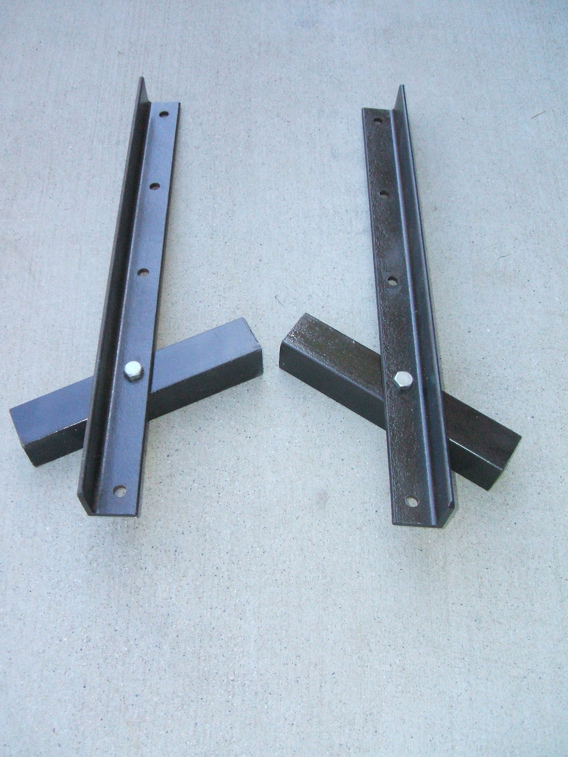 Picture of Make Front Axle to Frame Supports