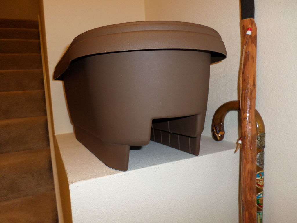 Picture of Curved Railing Planter Adapter