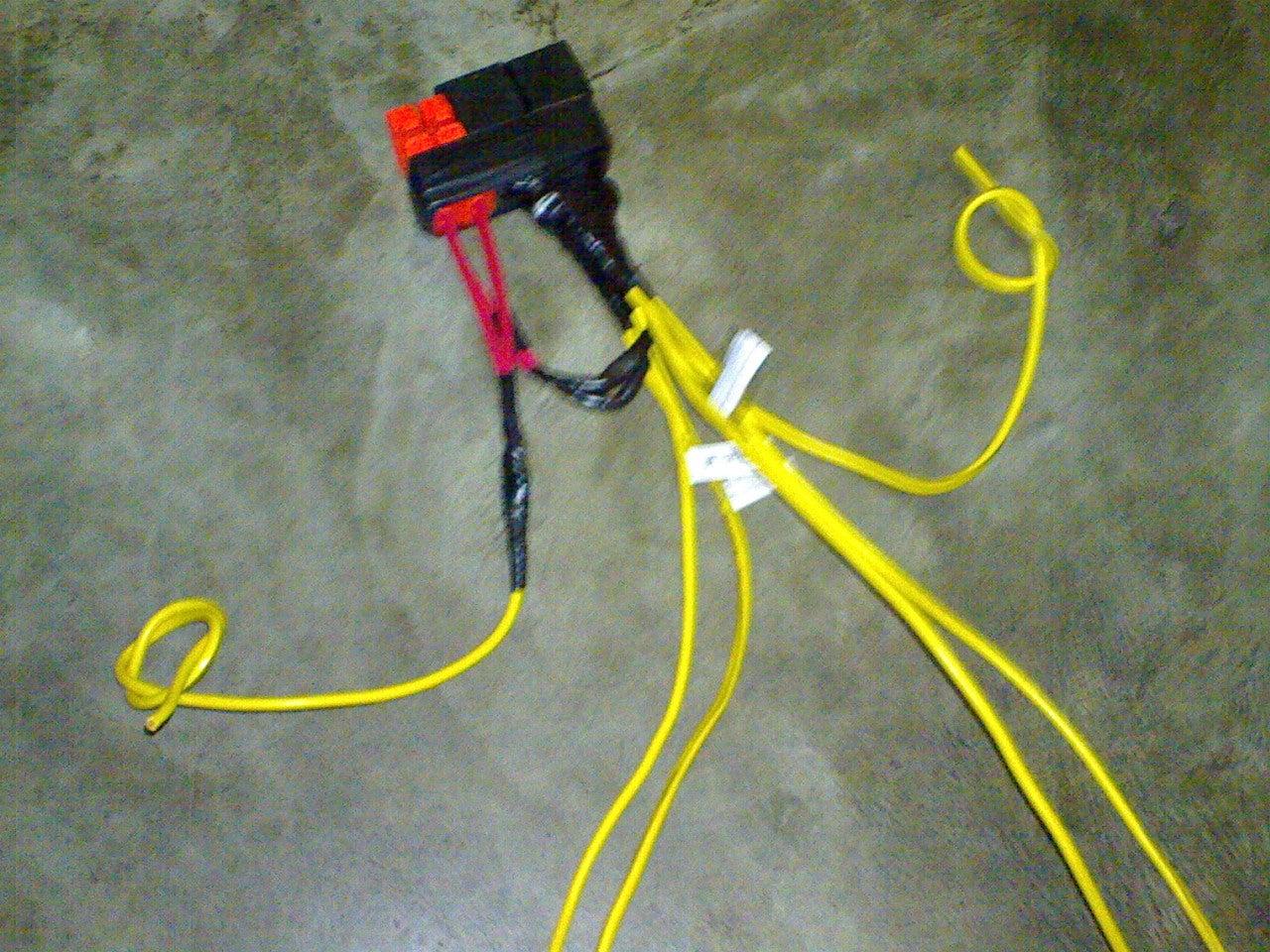 Headlight Plug Wiring Diagram from cdn.instructables.com