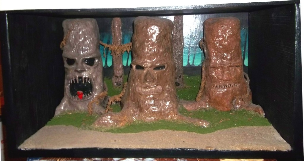 Picture of A Clay Living Tree Diorama