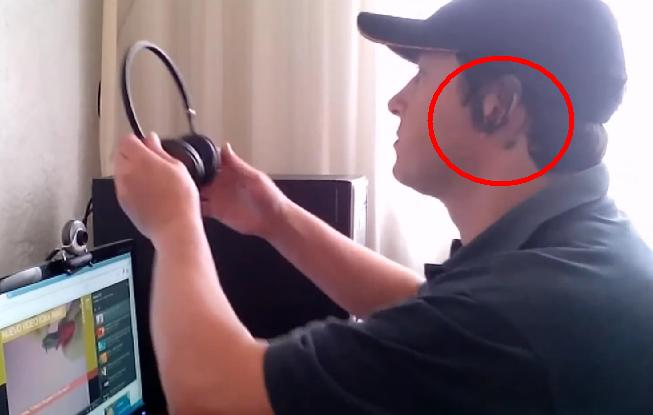 Picture of When Our Friend Use the Headphones Will Take a Fun Surprise !!!
