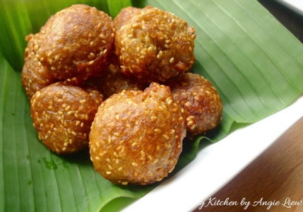 These Crispy Banana Fritters Are Great Eaten Hot As an Afternoon Snack With a Cup of Coffee or Tea. As Always, ENJOY!