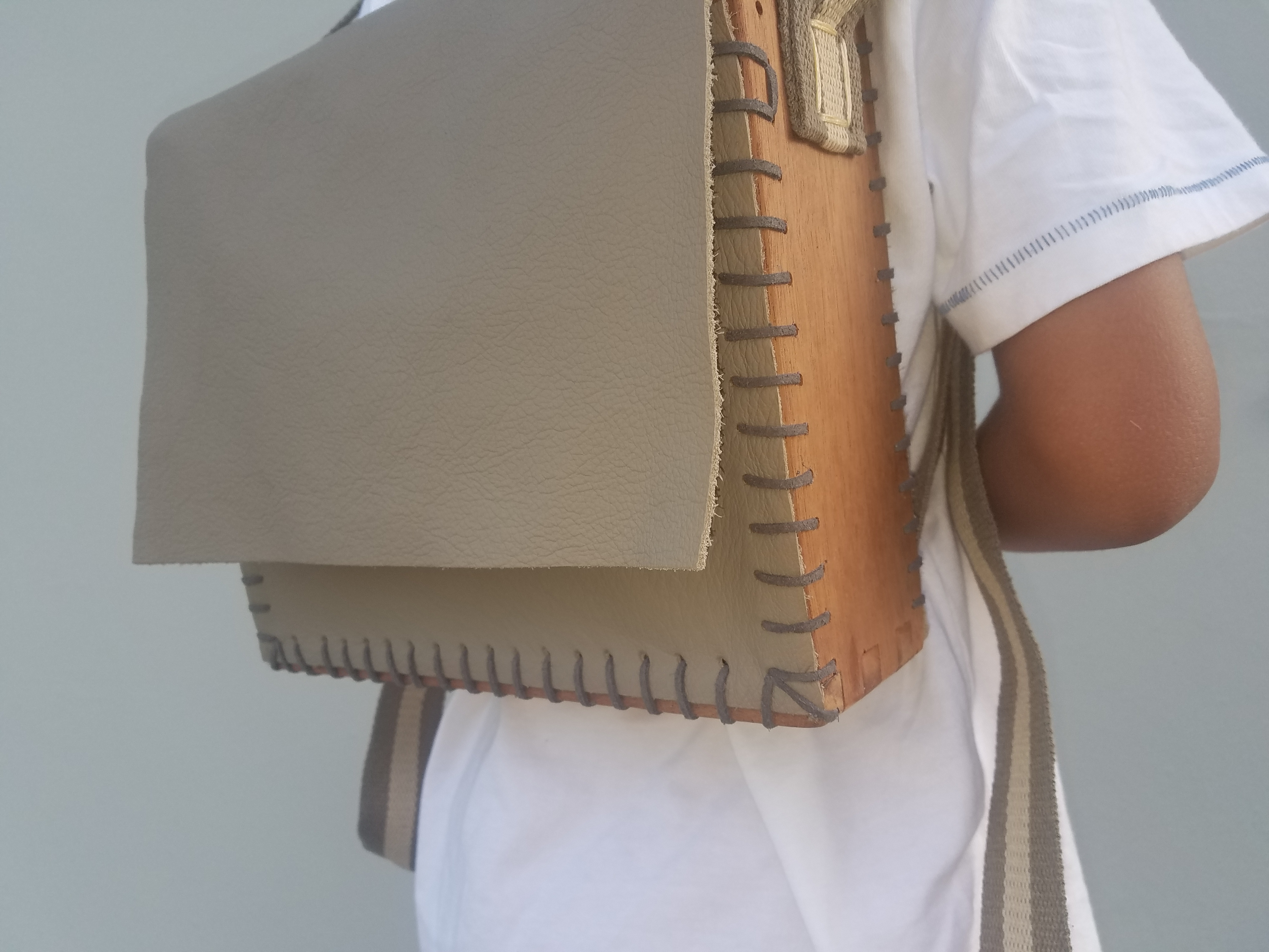 Picture of Wood & Leather Backpack V1.0
