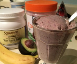 How (and Why) to Make a Breakfast Smoothie