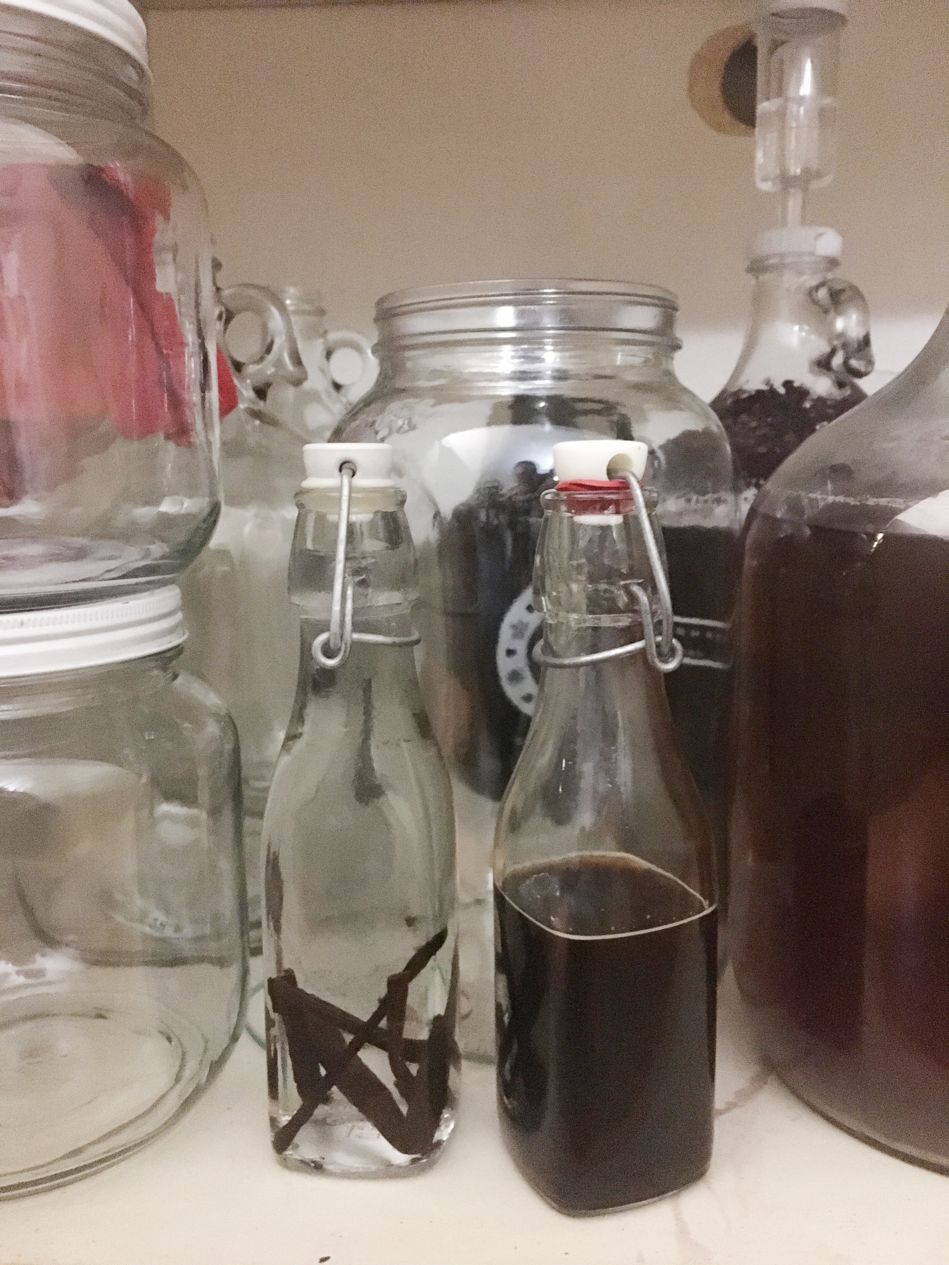 Picture of Make Your Own Vanilla Extract