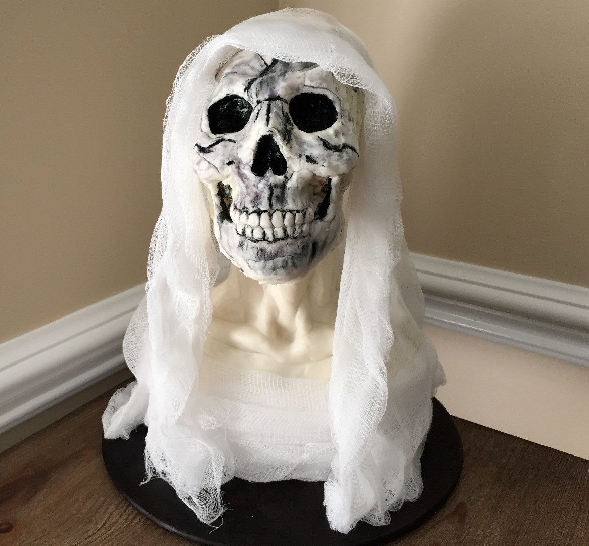Picture of Rice Krispies Sculpting: Day of the Dead Virgin Mary Bust