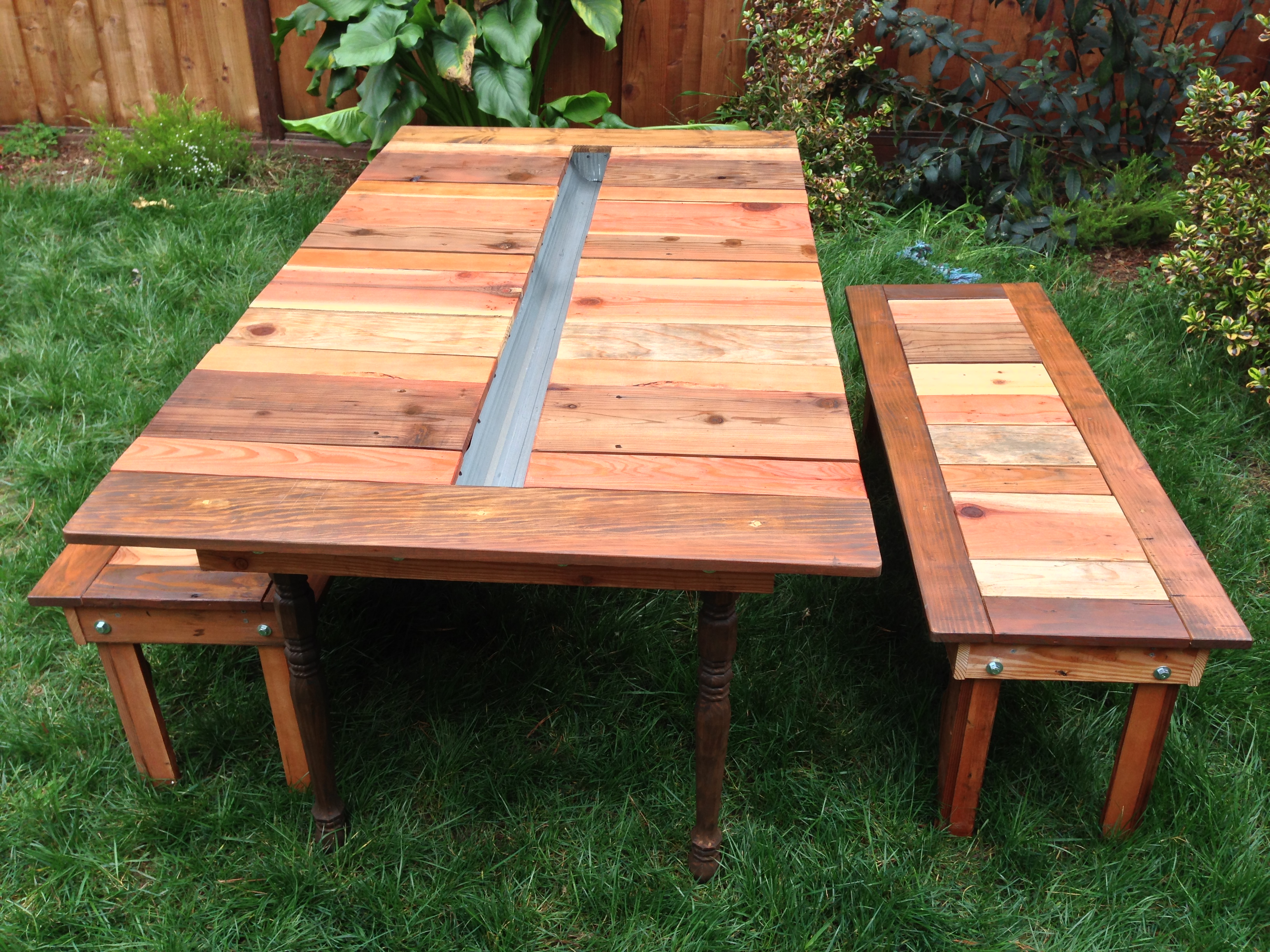 Picture of Reclaimed Wood Flat-Pack Picnic Table With Planter/Ice Trough