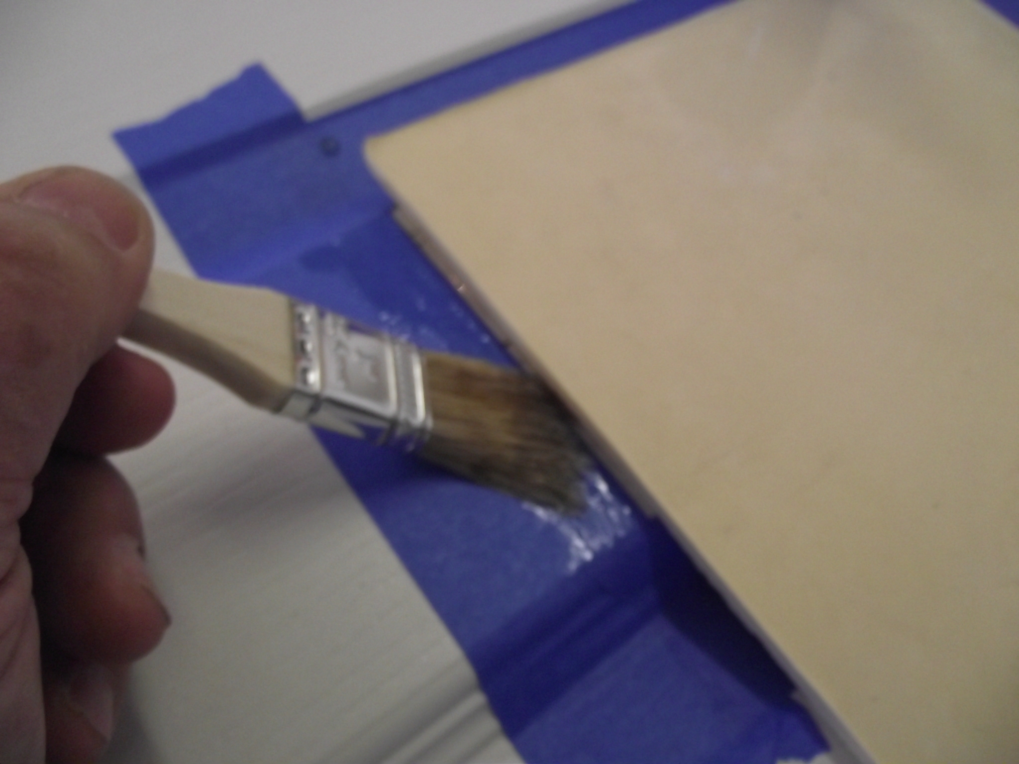 Picture of Reproduce the Wood Grain Pattern on the Patched Area