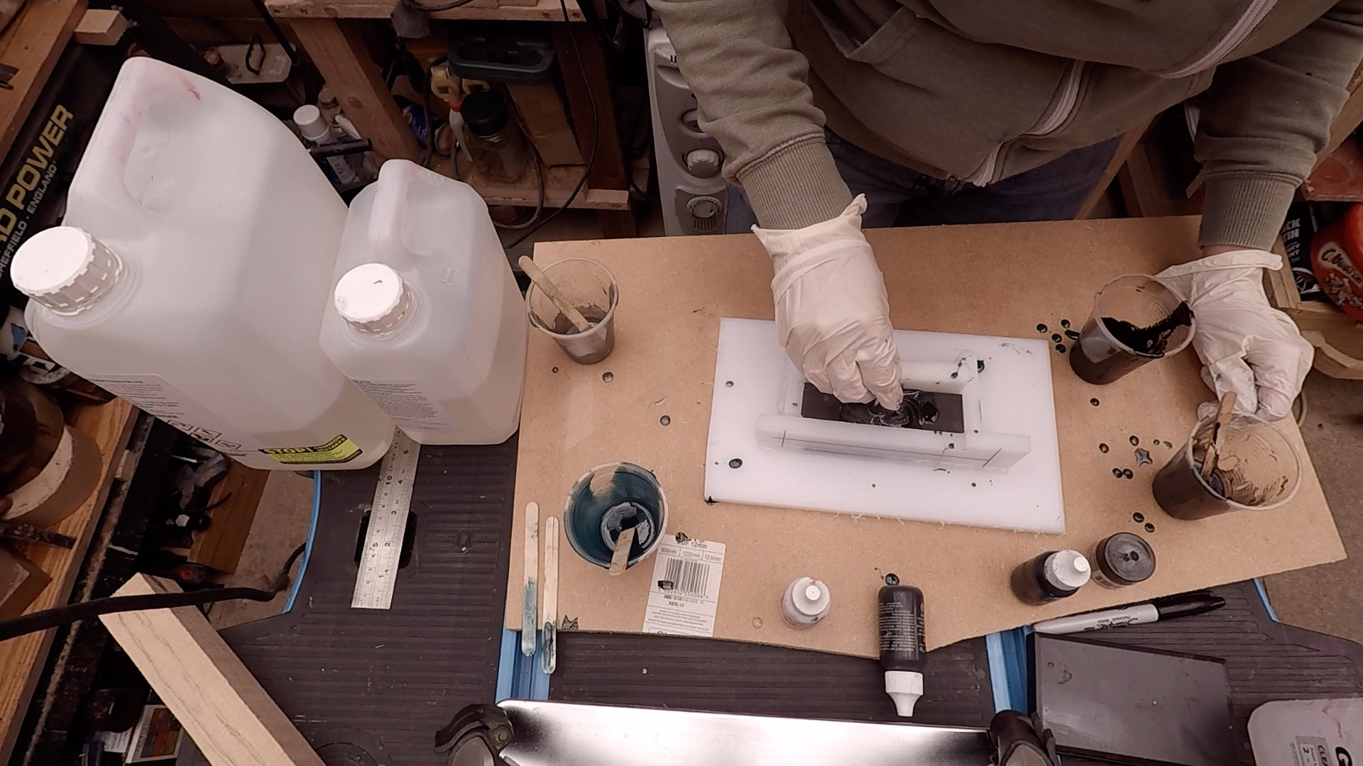 Picture of Casting the Handle