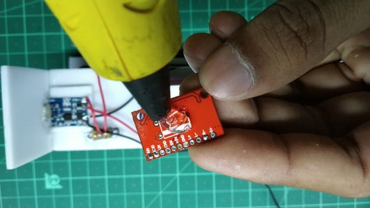 Attaching the Bluetooth and Amplifier Module