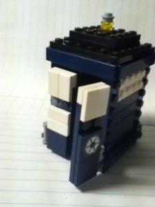 How to Build a Lego TARDIS