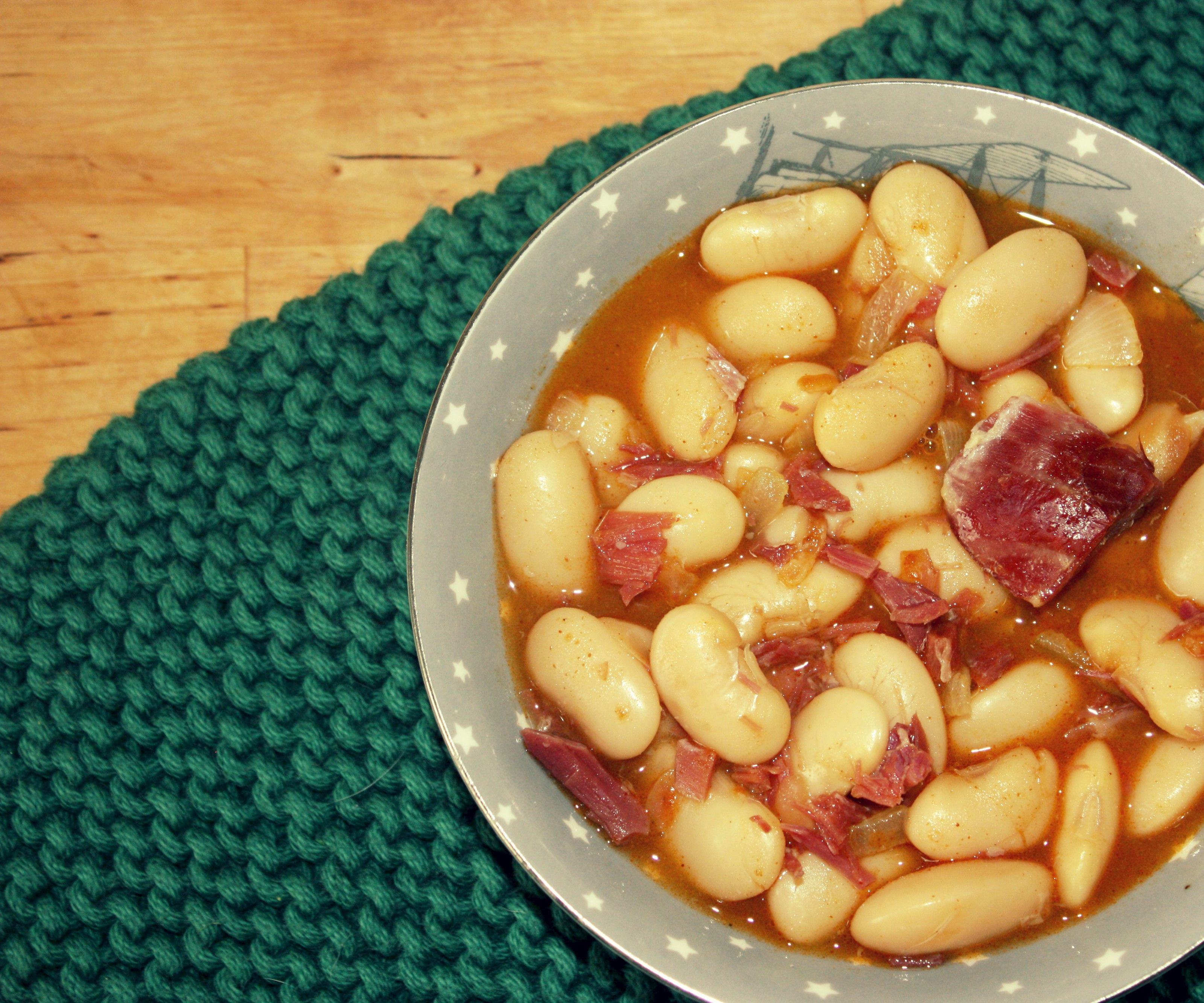 Picture of Spanish White Beans With Serrano Ham