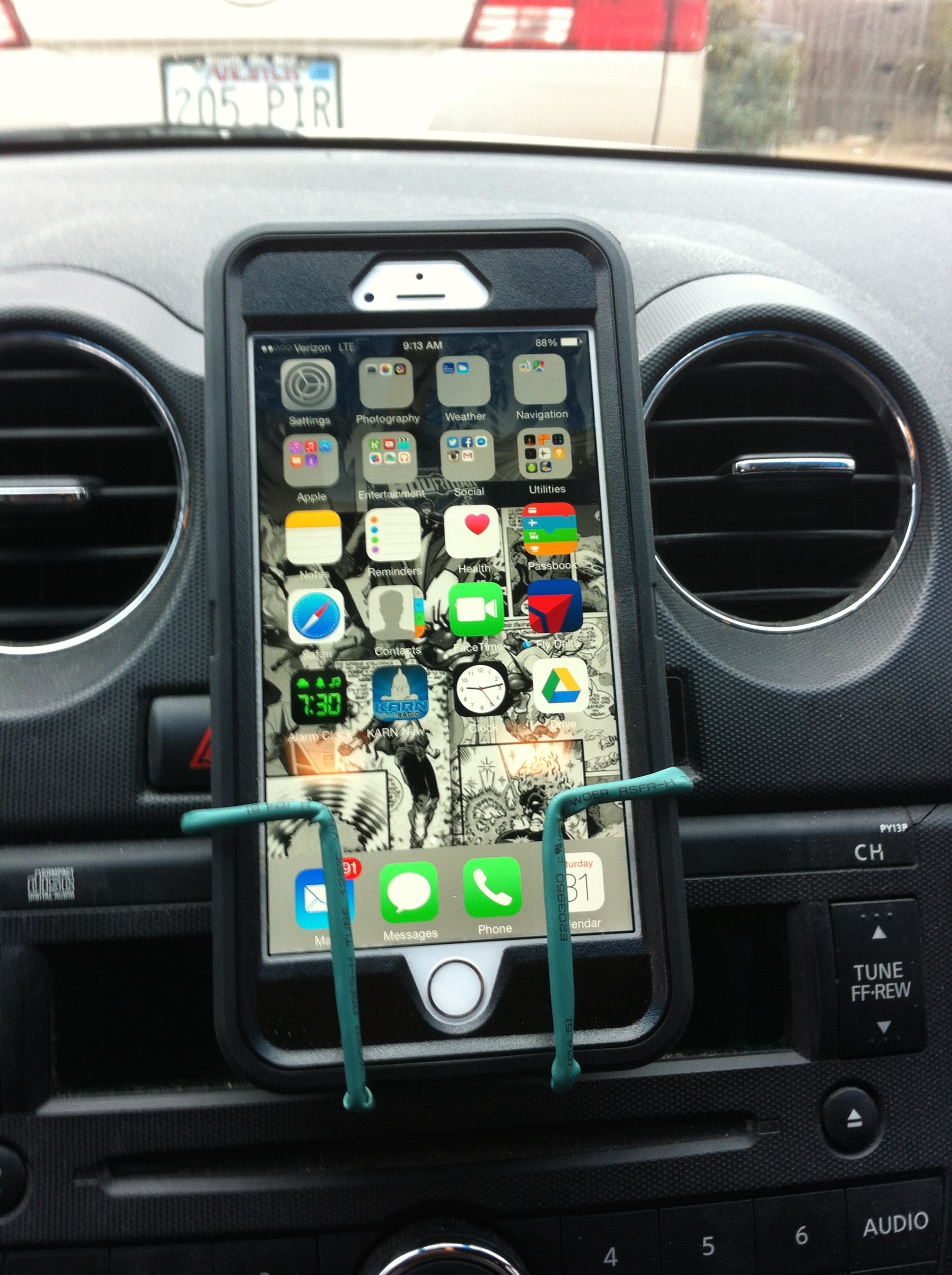 Picture of Dashboard Phone Holder (version 1)