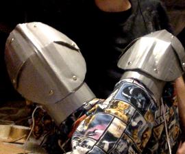 Cardboard Poleyns (Knee Armor)