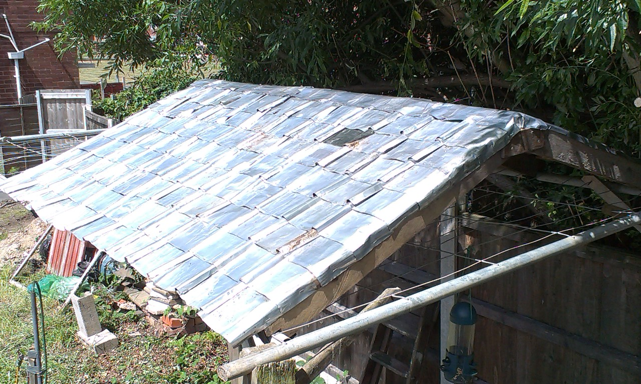 Picture of Roof Tiles From Aluminium Cans