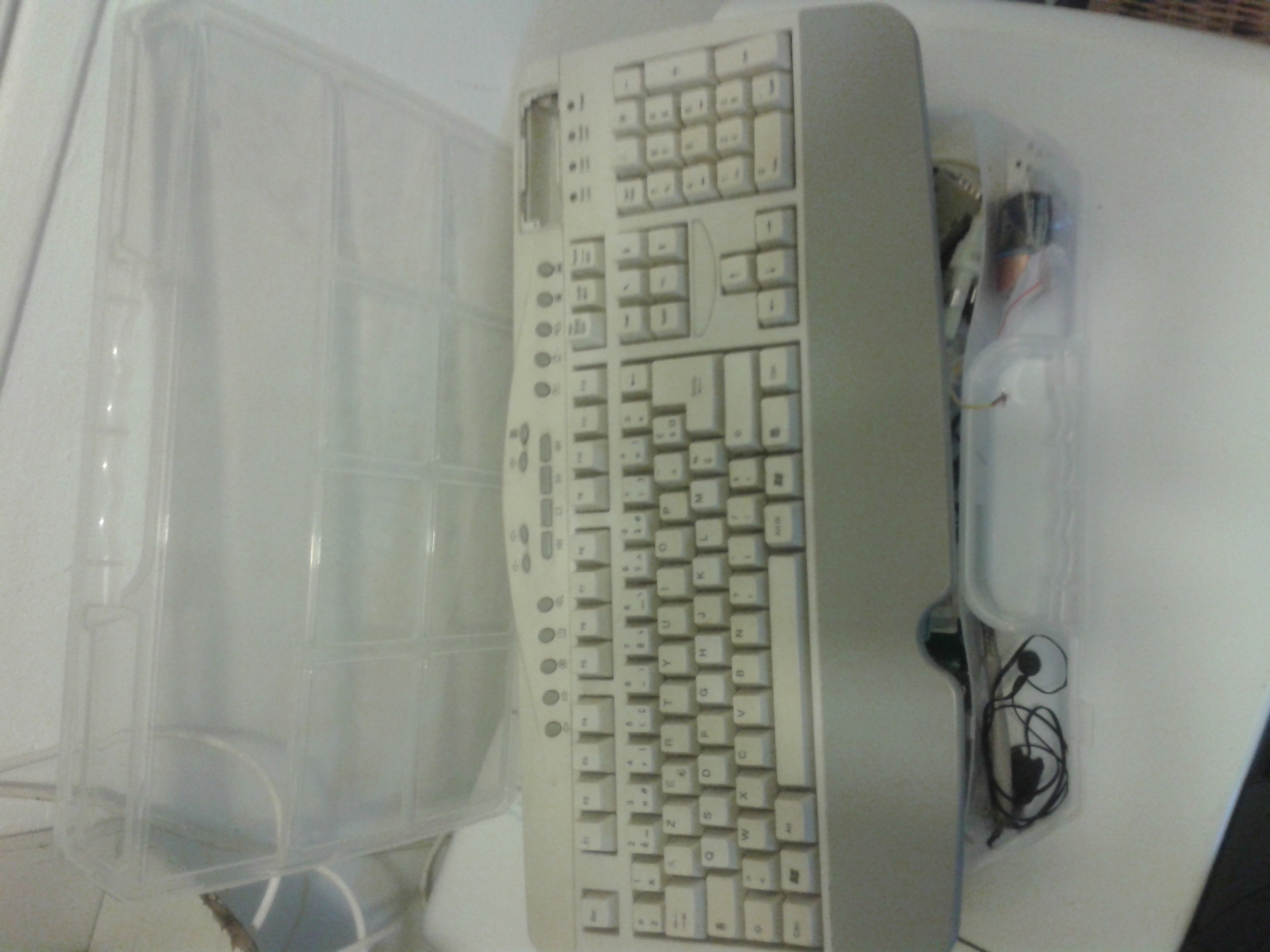 Picture of smart card reader keyboard use ?