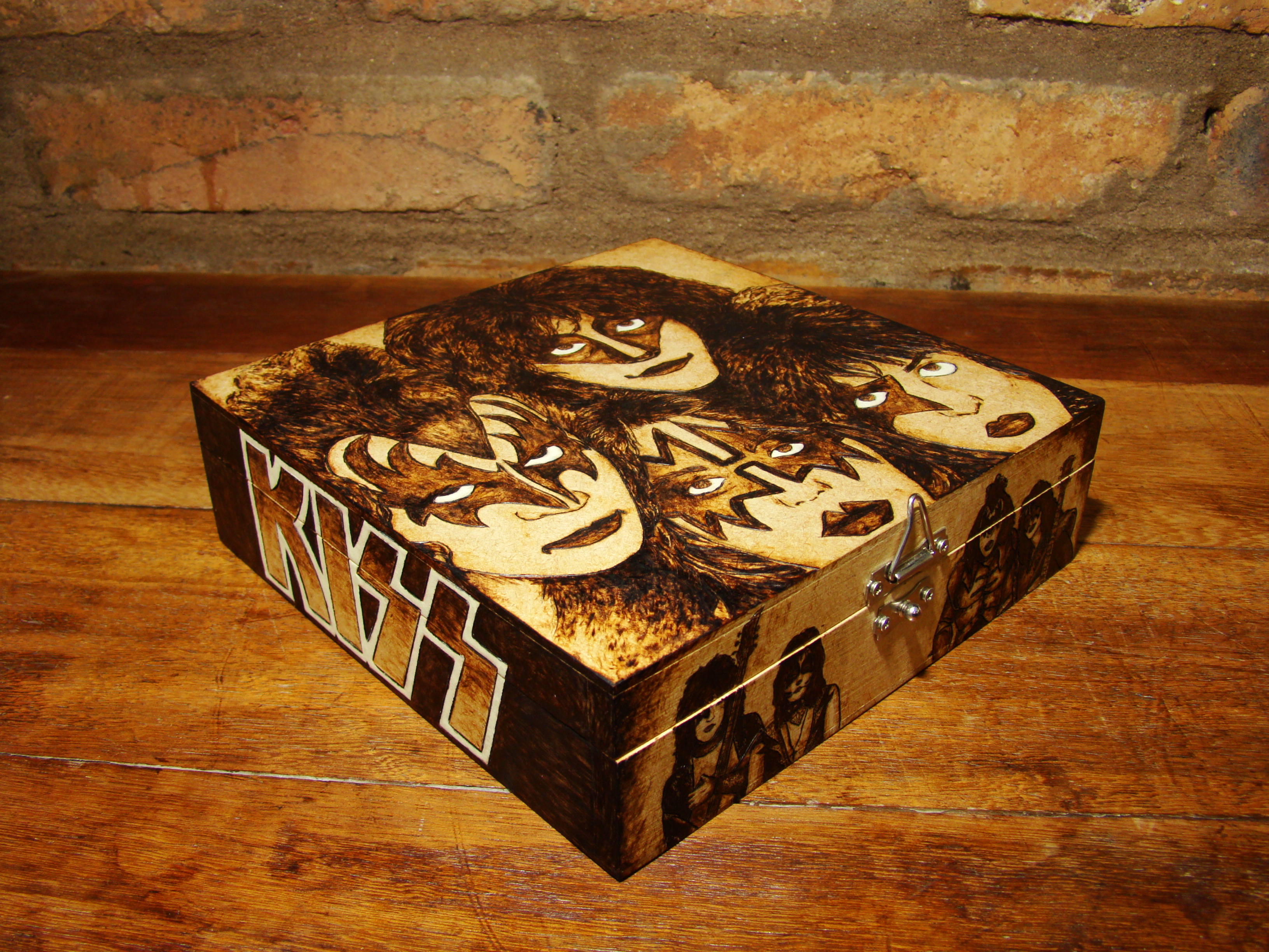 Picture of Wood Burning 101 - Techniques and Tricks