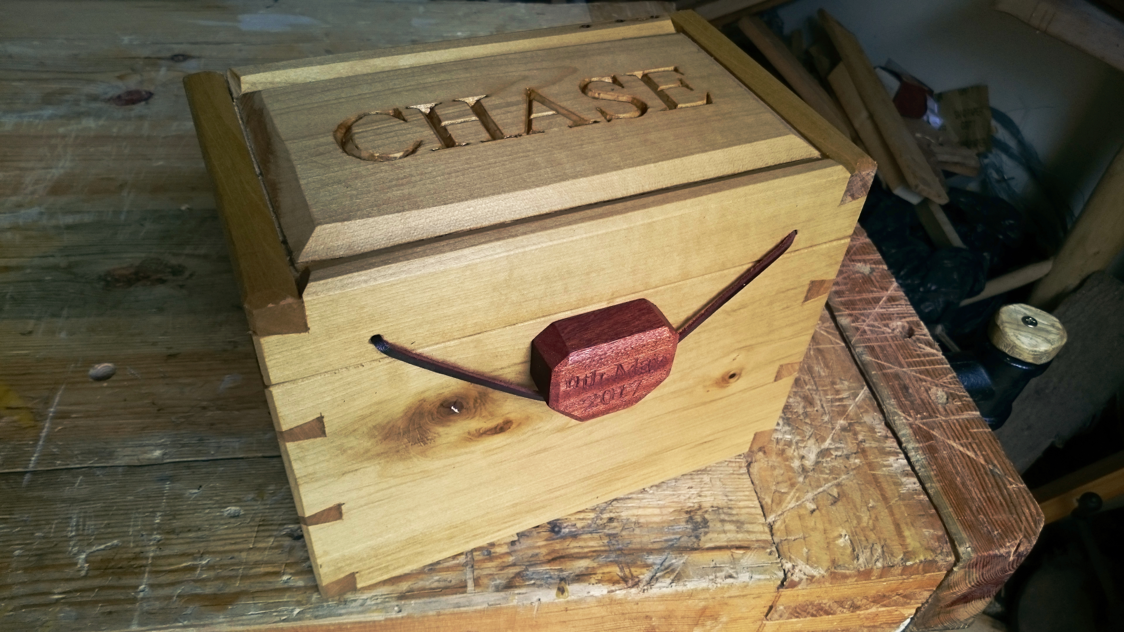 Picture of Dovetailed Keepsake Box
