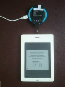 Connect the Receiver to the Ereader Using the Micro-usb Port