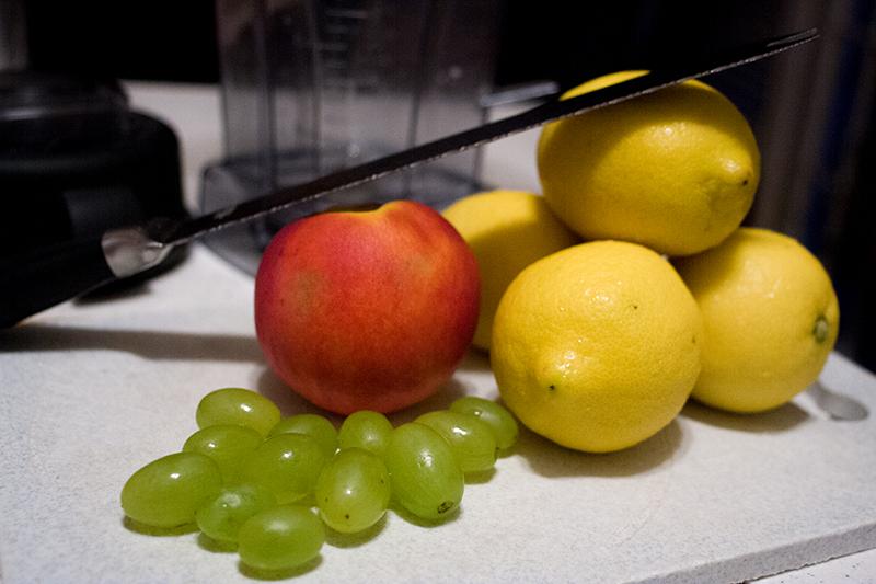 Picture of Delicious Peach-Lemonade