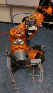 Linking the Gripper With KUKA Robotic Arm