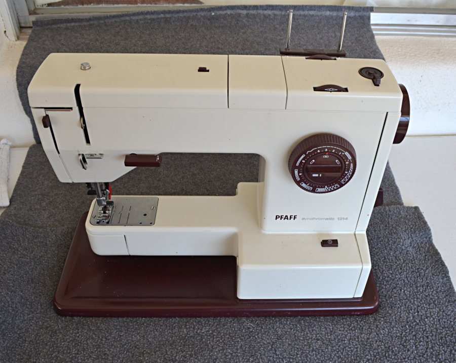 Picture of Replacing the Presser Foot Lifter on a Pfaff 1200 Sewing Machine