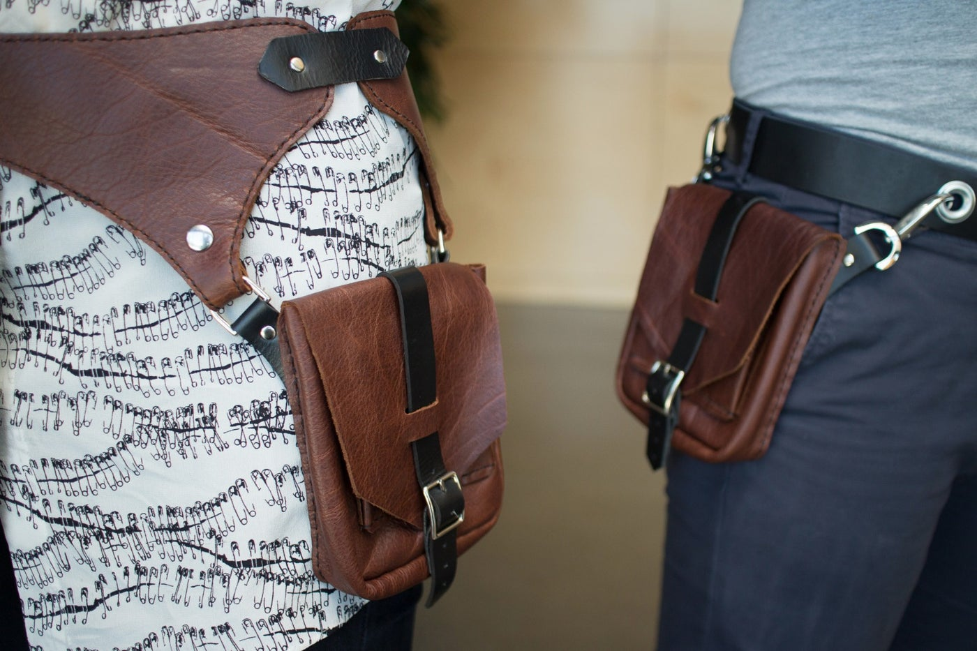 Two Ways to Turn Your Small Bag Into a Pocket Belt