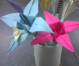 Make a vase of paper flower pens
