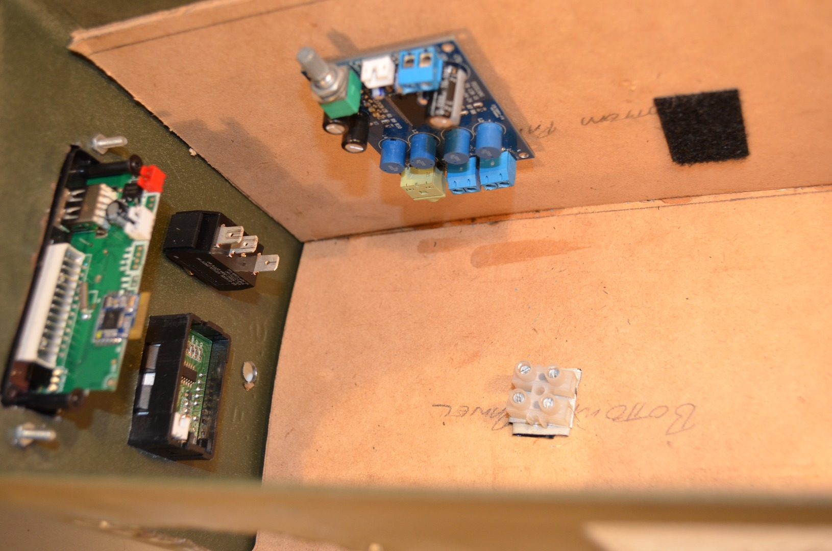 Picture of Plan Where Components Will Be Placed in the Box.