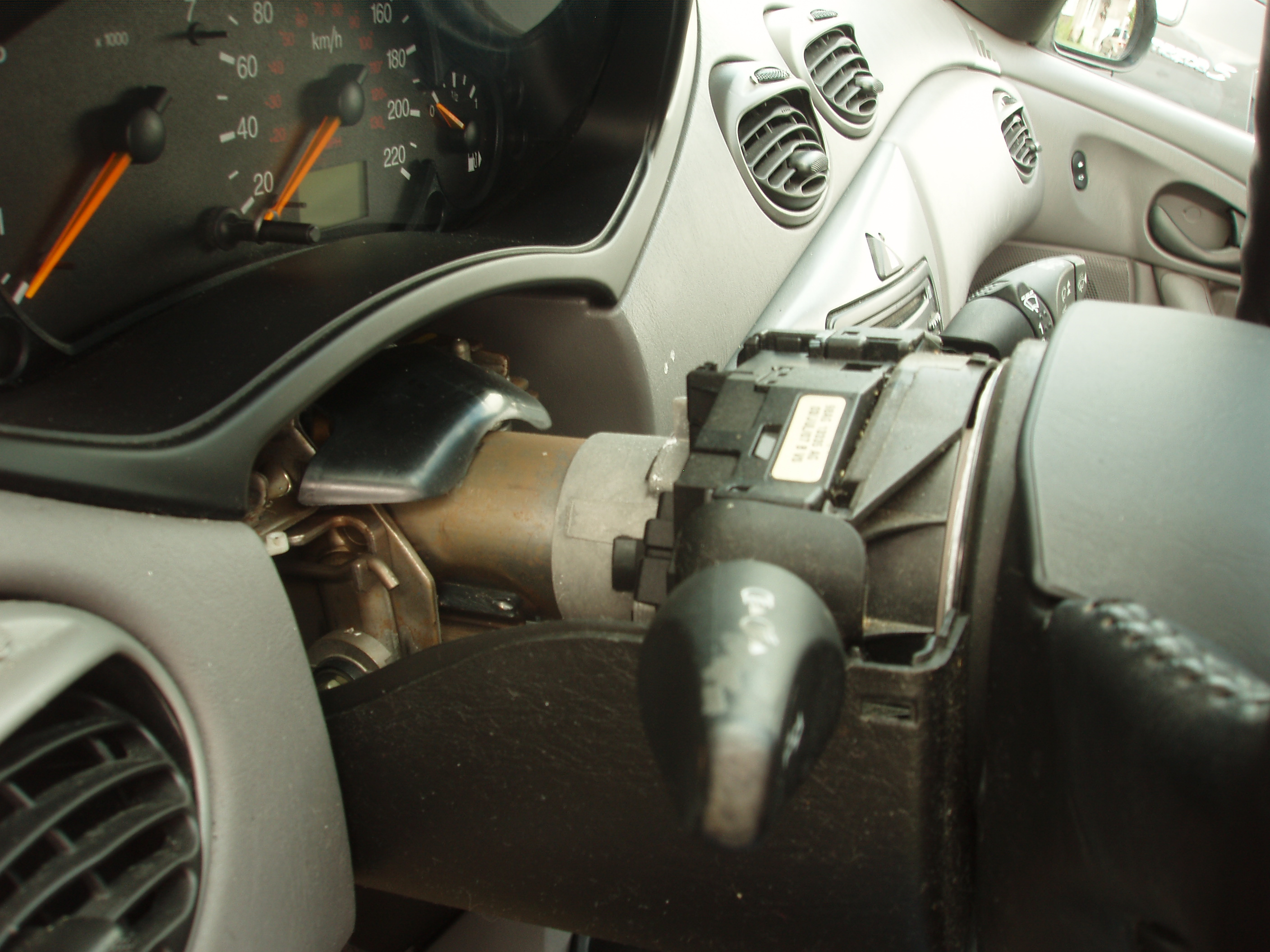 Picture Of Get At The Ignition Cylinder