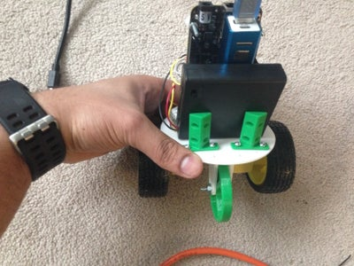 Putting Motors, Electronic Components and 3D Printed Parts Together