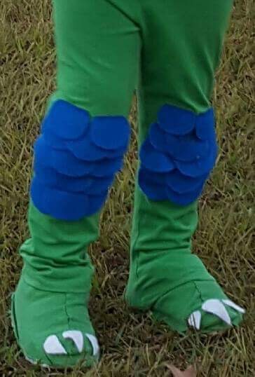 Picture of Dinosaur Feet Shoe Covers