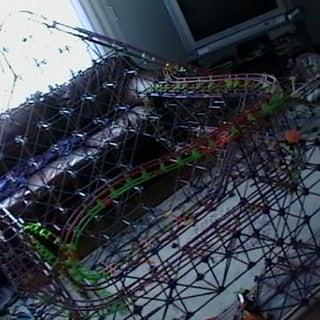 Knex Rollercoaster (Travis Made 1-9-10).jpg