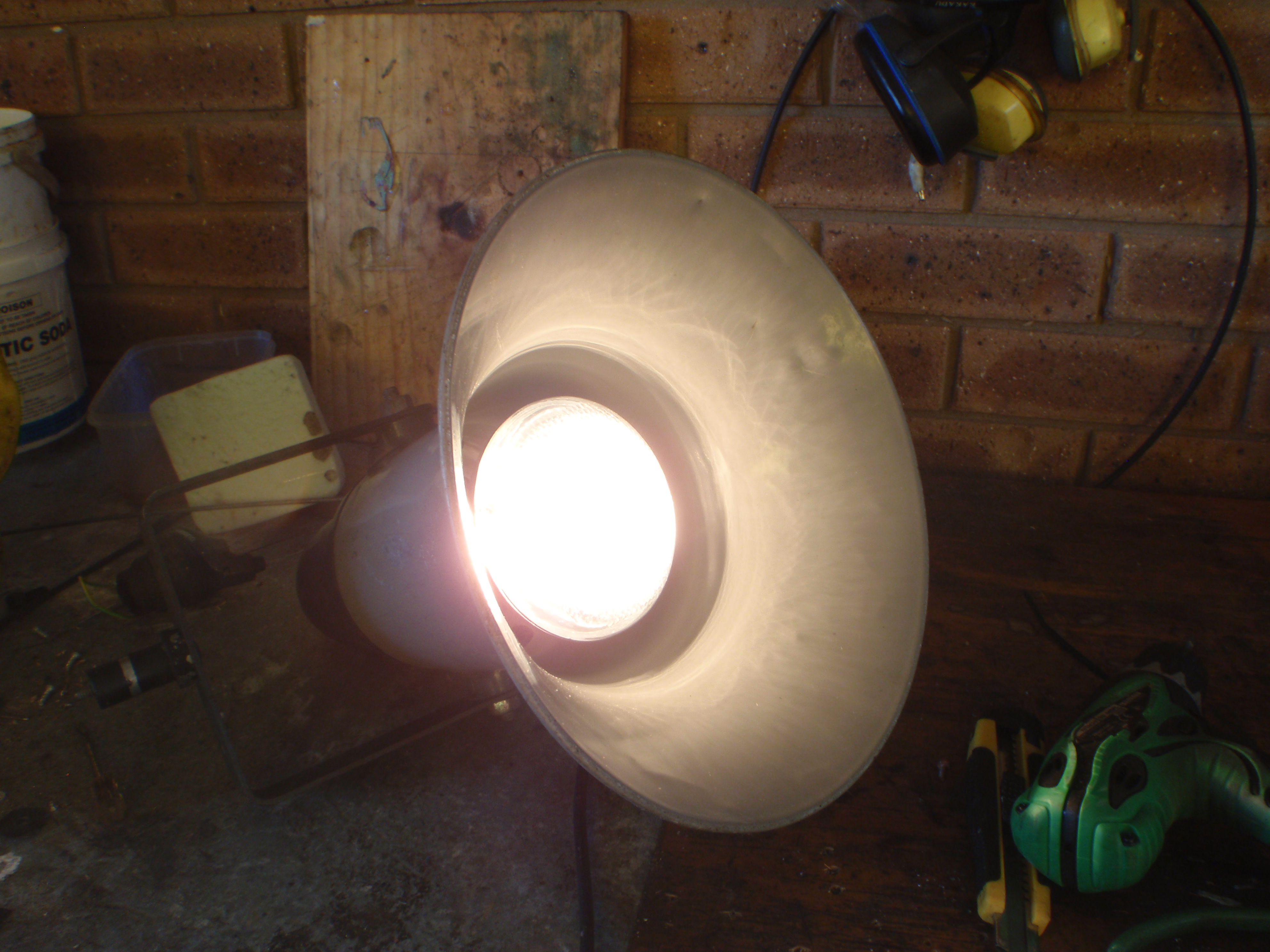 Picture of Assembling the Lamp