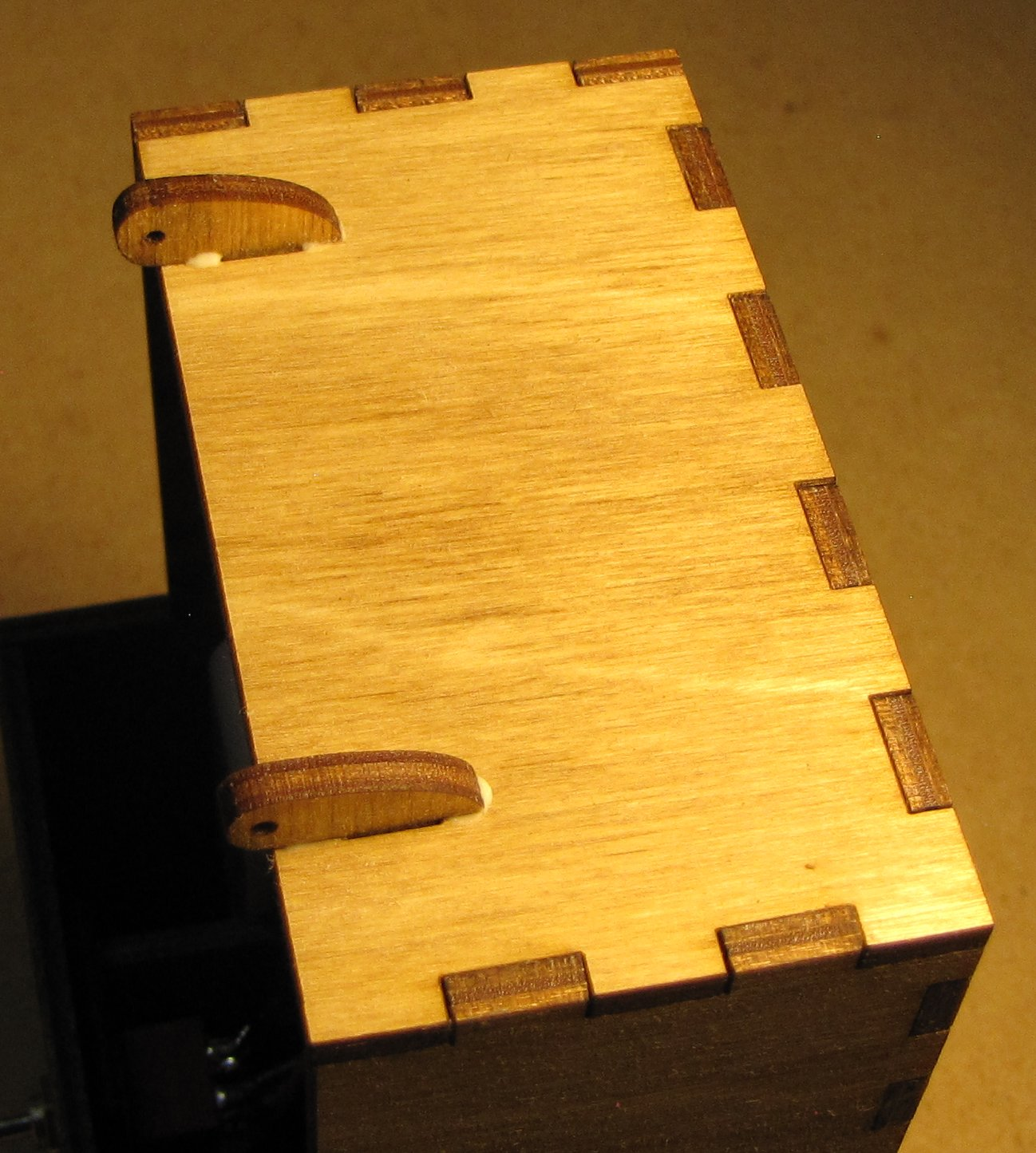 Picture of Add the Hinge Brackets