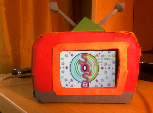 Picture of Paper Pub #1: IPod TV Dock