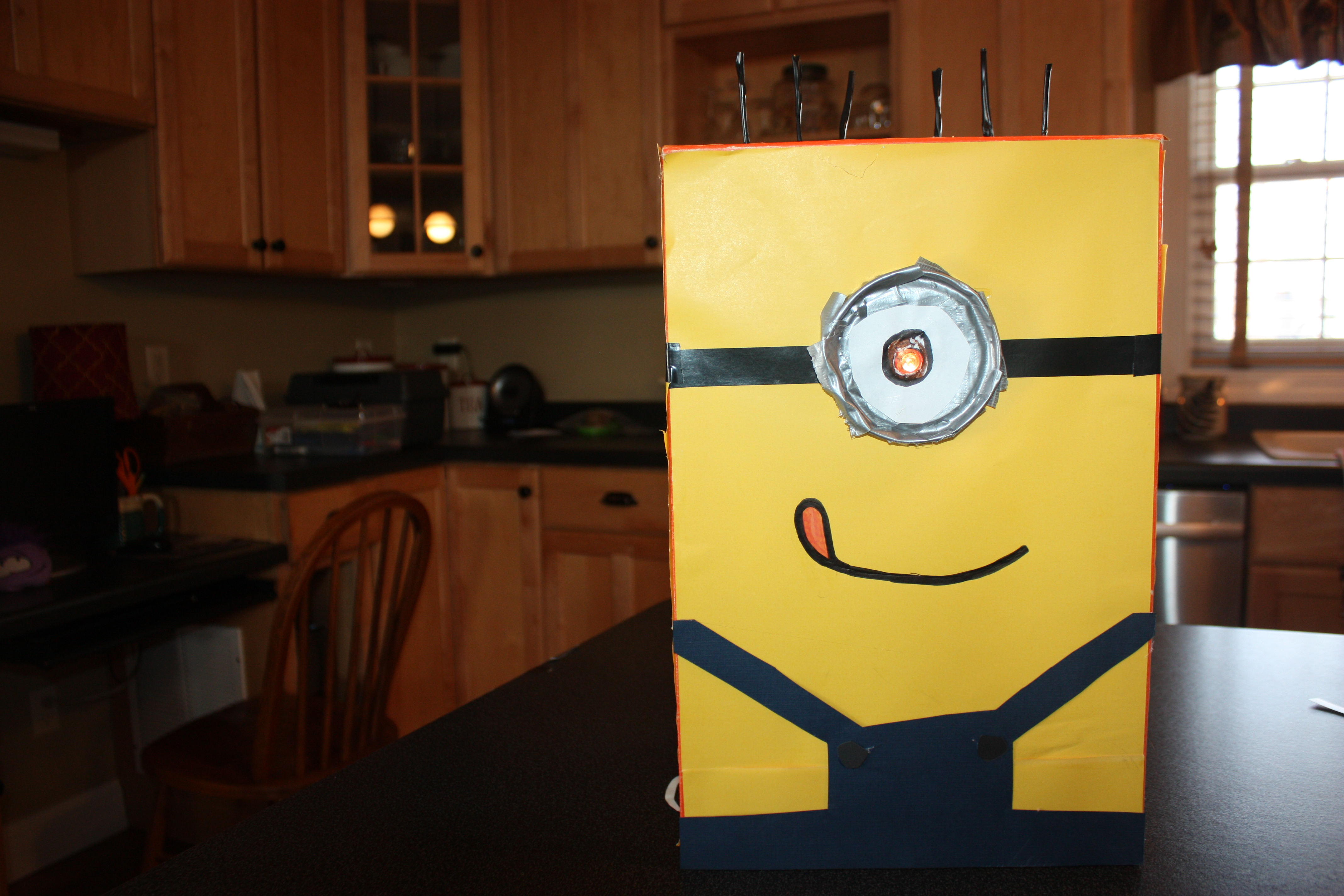 Picture of Despicable Me Valentines Day Box
