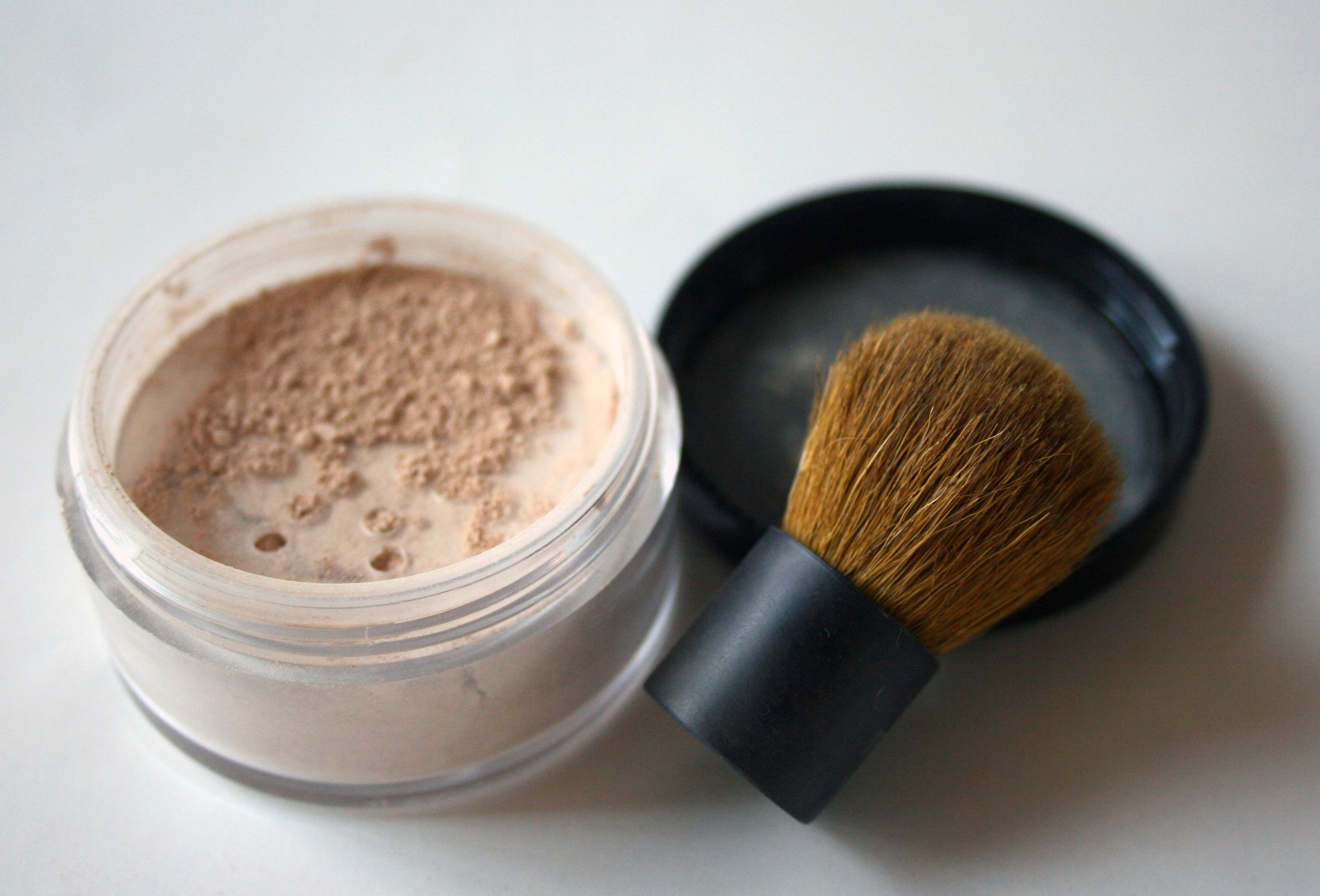 Diy Mineral Makeup 4 Steps With Pictures