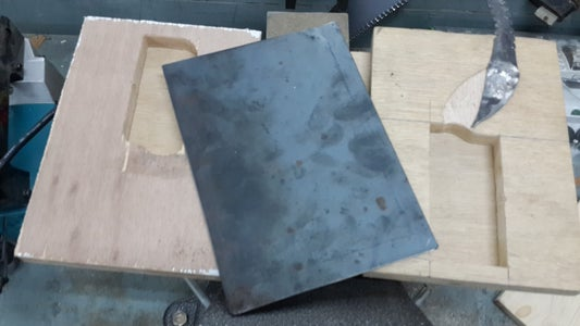 Assembling the Mold