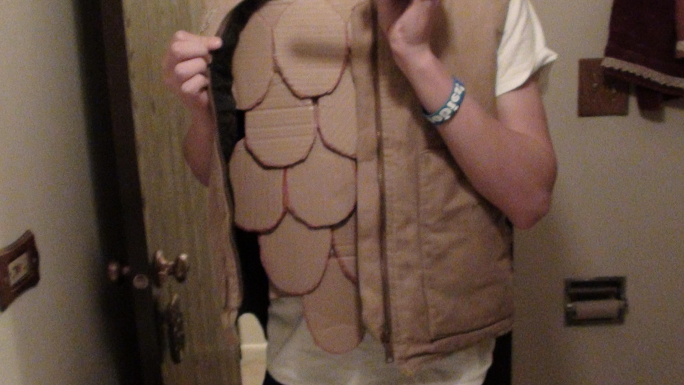 Picture of Cheap/ Free DIY Airsoft Armor (Dragonskin)