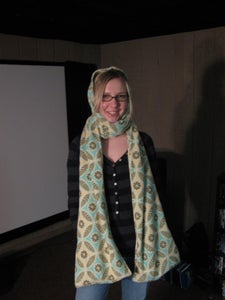 Admire Your New Hooded Scarf With Pockets!