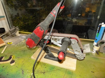 Extreme Homemade Beltsander Raptor (Anglegrinder Hack!)